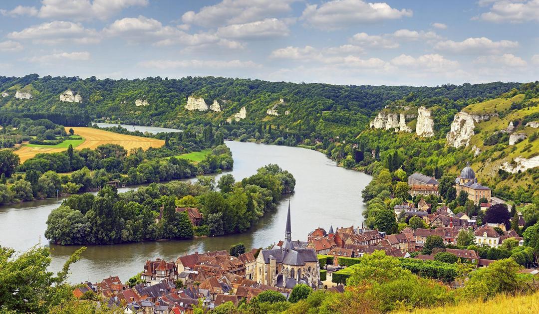 Grand Seine River & Normandy Passage Beauty Shot