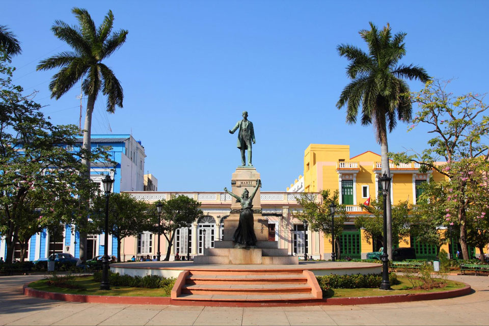 Beauty shot of Cuban statue in a park square